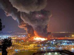 Incendio al porto di Ancona