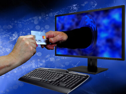 Pagamenti digitali, carta di credito, commercio elettronico