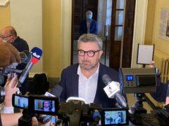 Massimo Olivetti in sala consiliare a Senigallia dopo lo scrutinio per il ballottaggio