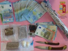 Sequestro stupefacenti e denaro da parte della Polizia