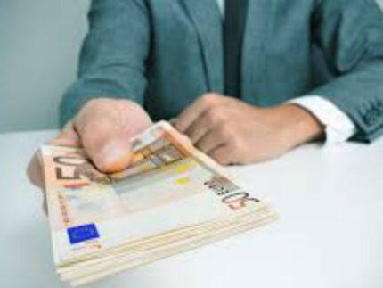 soldi, prestiti, stipendi
