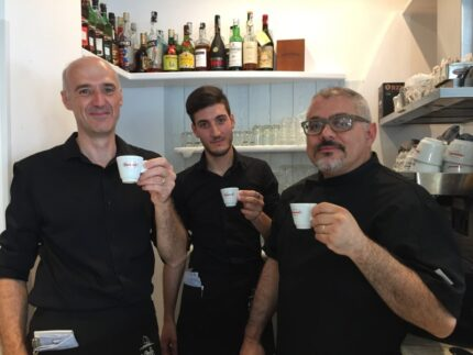 Staff del ristorante pizzeria Le Vele a Marotta di Mondolfo