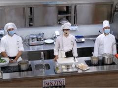 Alunni della 5A Cucina dell'Istituto Panzini
