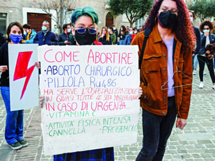 Manifestazione per legge sull'aborto