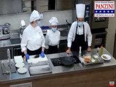 Gli alunni dell'Istituto Panzini illustrano una ricetta