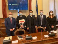 Dino Latini in visita al Consiglio comunale di Senigallia