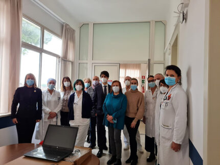 Consegna notebook all'Ospedale di Senigallia