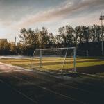 Campo da calcio, porta da calcio - photo by Pexels