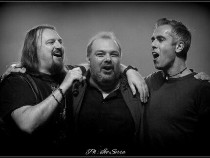 Il cantante dei Nomadi Yuri Cilloni, Francesco Ferrandi e Marco Petrucci_