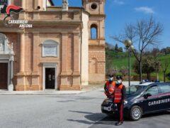 Carabinieri alla chiesa di Santa Maria Apparve di Ostra