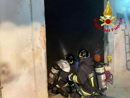 Intervento dei Vigili del Fuoco a Senigallia, in località Marazzana per incendio falegnameria