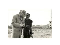 Da sinistra Ferruccio Ferroni e il suo maestro Giuseppe Cavalli a Senigallia anni 50