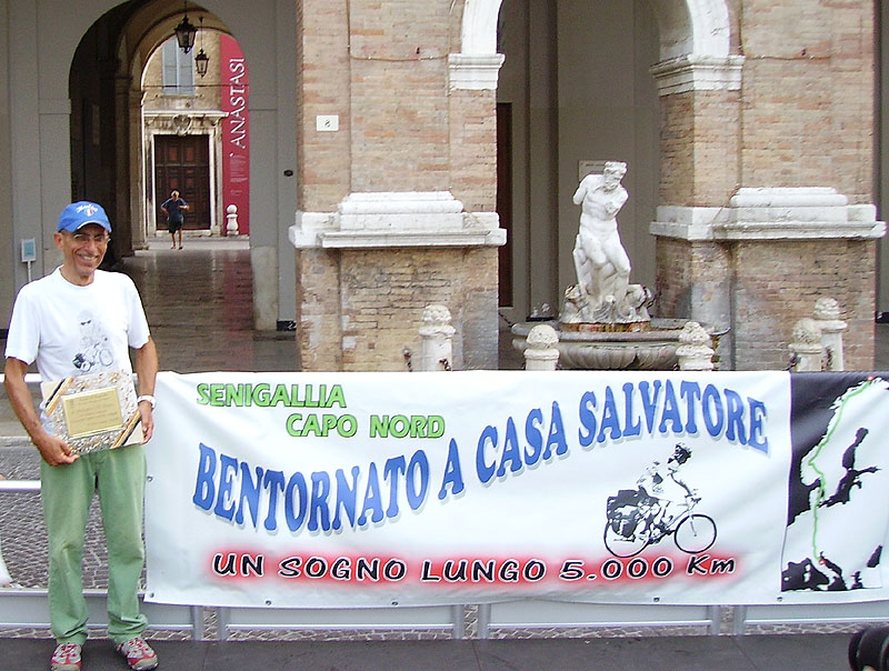 Famoso Senigallia, Salvatore D'Amico è tornato dall'impresa - Senigallia  VN88