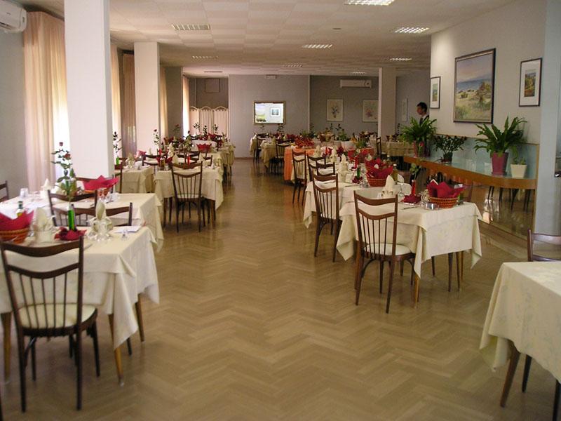 Hotel corallo a senigallia gustati al meglio la tua for Pomodoro senigallia