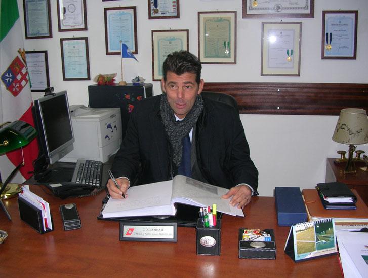 Ufficio Lavoro Senigallia : Il sindaco in visita all ufficio marittimo di senigallia