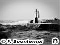 Mareggiata al porto di Senigallia, foto di Francesco Buontempi