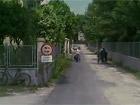 """Una scena del film """"La belva col mitra"""" girato a Senigallia nel 1977: Marisa Mell in via Don Minzoni"""