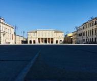 29/04/2020 - Piazza Garibaldi nell'immensità