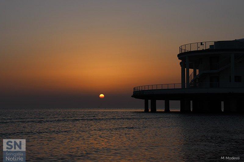 06/04/2021 - Sagoma all'alba