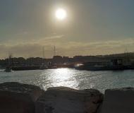 07/12/2020 - Sole al porto