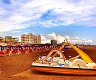 14/06/2020 - Spiaggia giallo sole