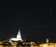 15/09/2020 - La cupola e la cometa