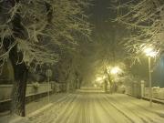 Via Mercantini cristallizzata da neve e ghiaccio
