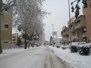 Strada ghiacciata in via Capanna