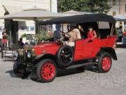 26/08/2013 - Sfilata di auto d\'epoca a Senigallia