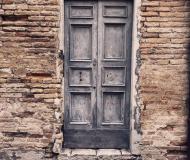28/04/2019 - Una vecchia porta... apre comunque a qualcosa di nuovo
