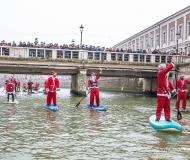 Babbi Natale in SUP a Senigallia