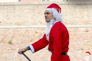 In SUP sul fiume Misa: Babbo Natale arriva a Senigallia