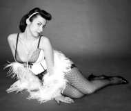 Lady Arabesque: performer senigalliese di Burlesque