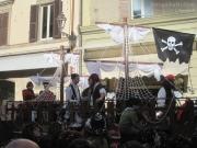 I Pirati navigano su Corso 2 Giugno a Senigallia