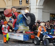 Carnevale 2016 a Senigallia: la ripresa di Renzi