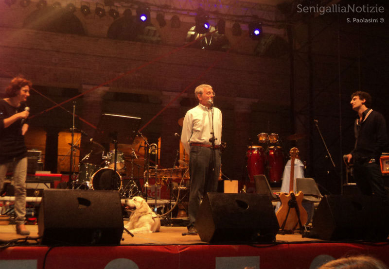 CaterRaduno: Massimo Cirri introduce la Banda Osiris