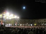 Foro Annonario gremito per Paolo Belli a Senigallia