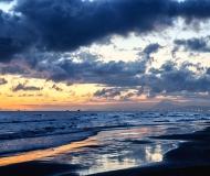 06/02/2016 - Colori dell'alba sul mare