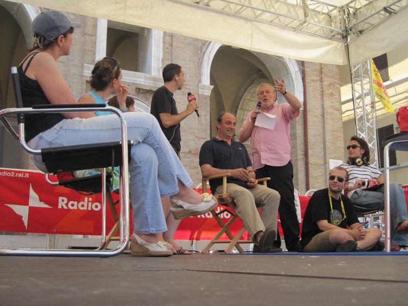 Il salottino VIP mentre si parla di FestAmbiente