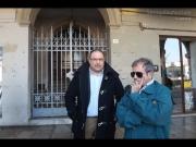 Roberto Paradisi e Giulio Moraca all'esterno di Palazzo Gherardi