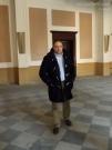 Roberto Paradisi all'interno di Palazzo Gherardi