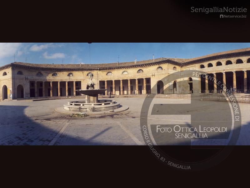 Panoramica del Foro Annonario - Leopoldi-0093