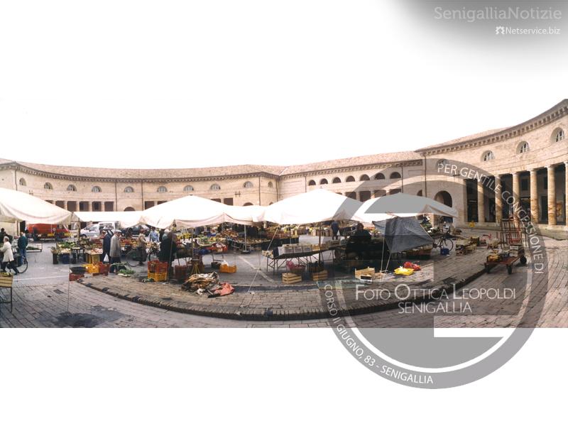 Mercato al Foro Annonario - Leopoldi-1972