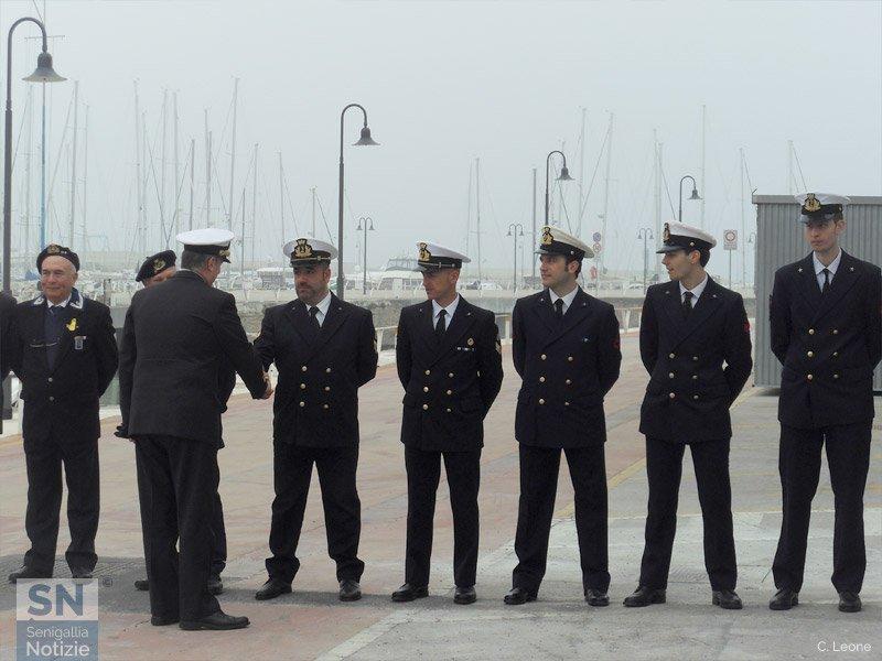 Il saluto del Direttore Marittimo Marche Contrammiraglio Francesco Saverio Ferrara al personale della Capitaneria di Porto