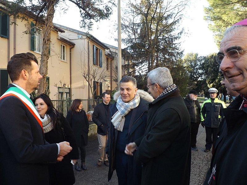 Autorità all'inaugurazione della scuola Puccini