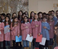 L'Inno d'Italia cantato dai bambini della scuola Puccini