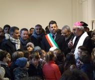 La benedizione del vescovo di Senigallia Manenti