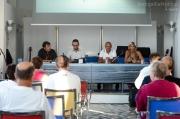 I relatori di fronte al pubblico della Rotonda a Mare di Senigallia