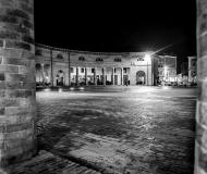 17/07/2018 - Senigallia in B/N: dal colonnato del Foro
