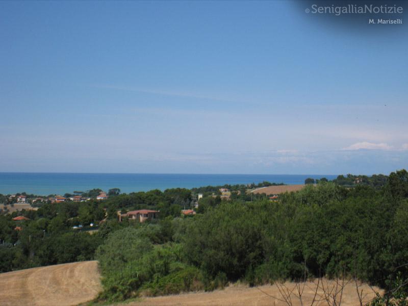 08/05/2012 - Panorama del mare di Senigallia dalle colline
